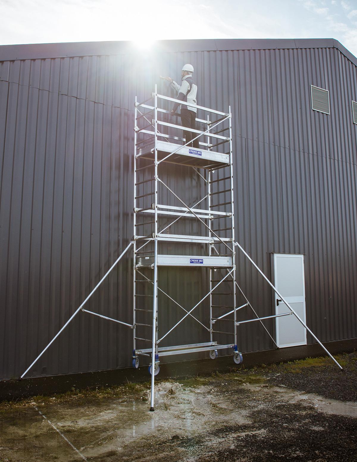 echafaudages roulants 0 a 10 m echelles fabricant passerelles marchepieds echafaudages. Black Bedroom Furniture Sets. Home Design Ideas